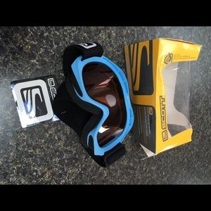 Snow goggles youth size brand new with tags